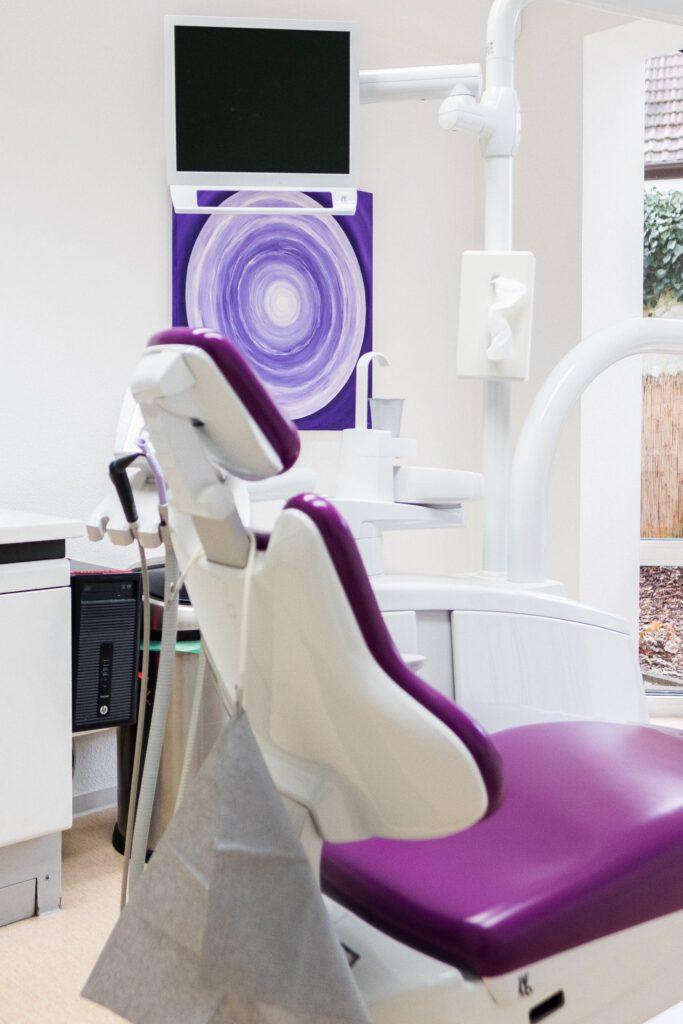 Zahnarztpraxis Bielefeld - Behandlungszimmer 2